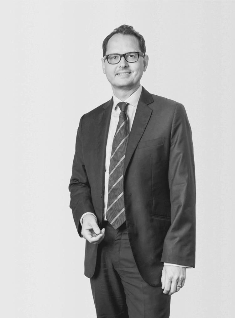 Dr. Daniel Heintel